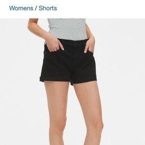 Gap 1969 mid-rise black denim shorts